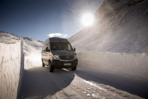 "Furgonas ""Mercedes-Benz Sprinter 4×4"""